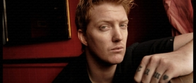Escucha 'Villains of Circumstance', Josh Homme de Queens of The Stone Age en solitario