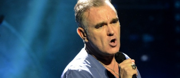 "Morrissey estrena ""Kick the Bride Down The Aisle"" en Boston"